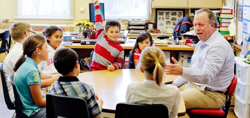 Senator Dodd in a classroom